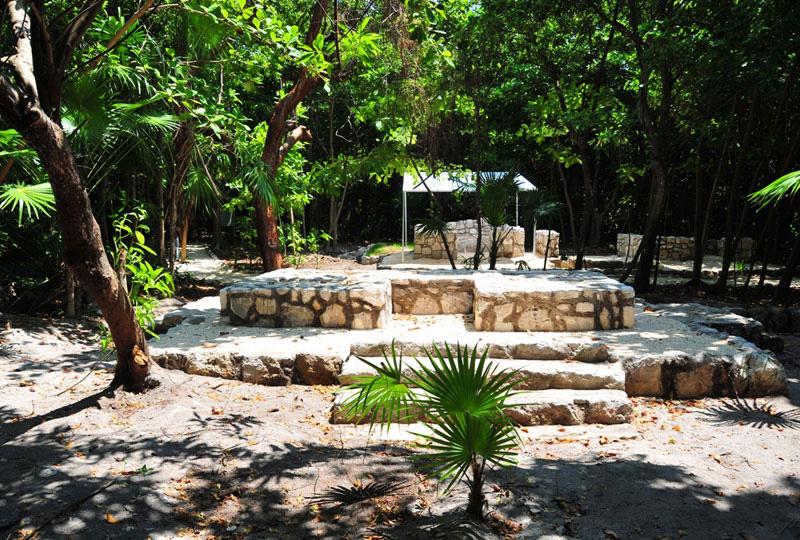 MEXICO TOURS: CANCUN SHUTTLE 4