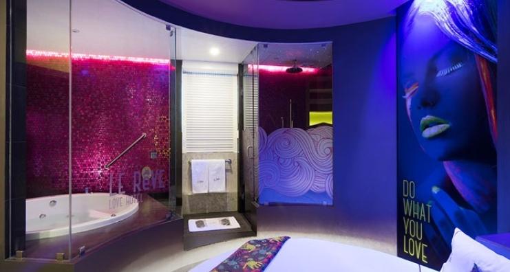 Le Reve - El hotel neón para tí y tu pareja en DF 3