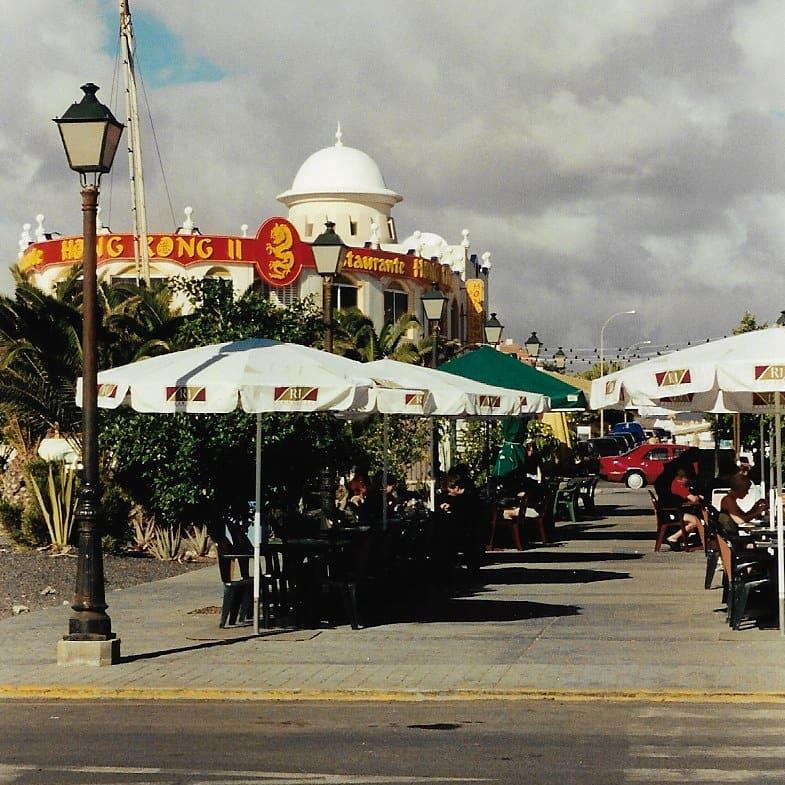 CALETA DE FUSTE BEACH: En el centro de Fuerteventura 5