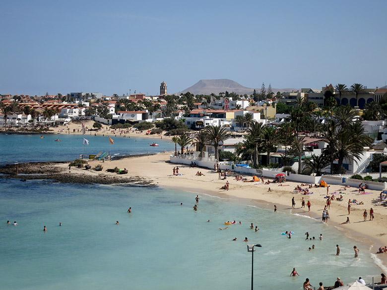QUE PODEMOS HACER EN NUESTROS VIAJES A FUERTEVENTURA: Las playas de Corralejo 2