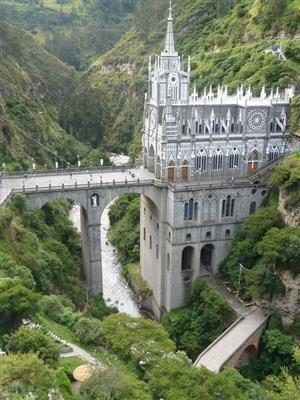 UN LUGAR: aLas Lajas Cathedral 2