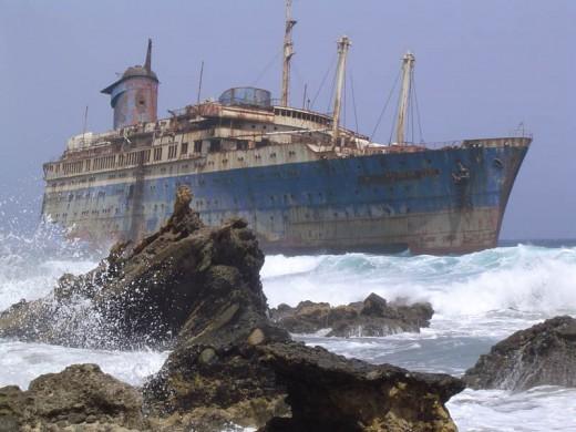 LA FOTO DEL DIA Abandoned ships. Fuerteventura 2
