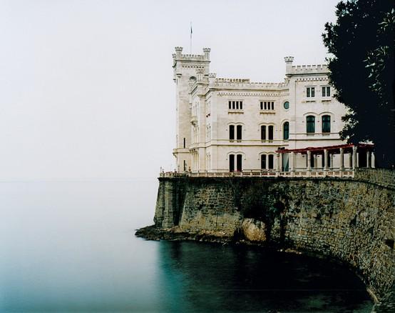 LA IMAGEN DEL DIA: The Miramare Castle in Trieste, Italy 2