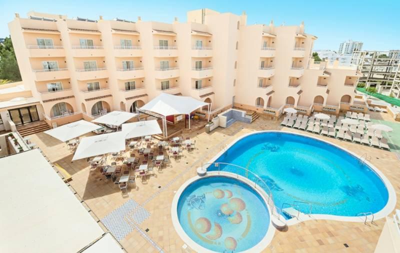 rosamar aparthotel ibiza: en Bahía de San Antonio de Portmany 8