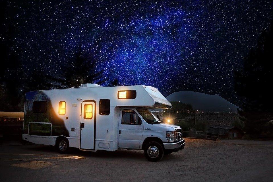 Rv, Camper, Noche, Camping, Aventura, Al Aire Libre